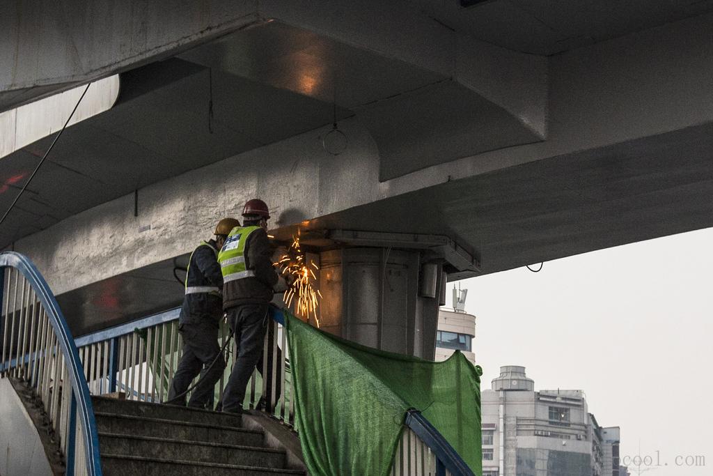 西安五路口环形天桥要拆了