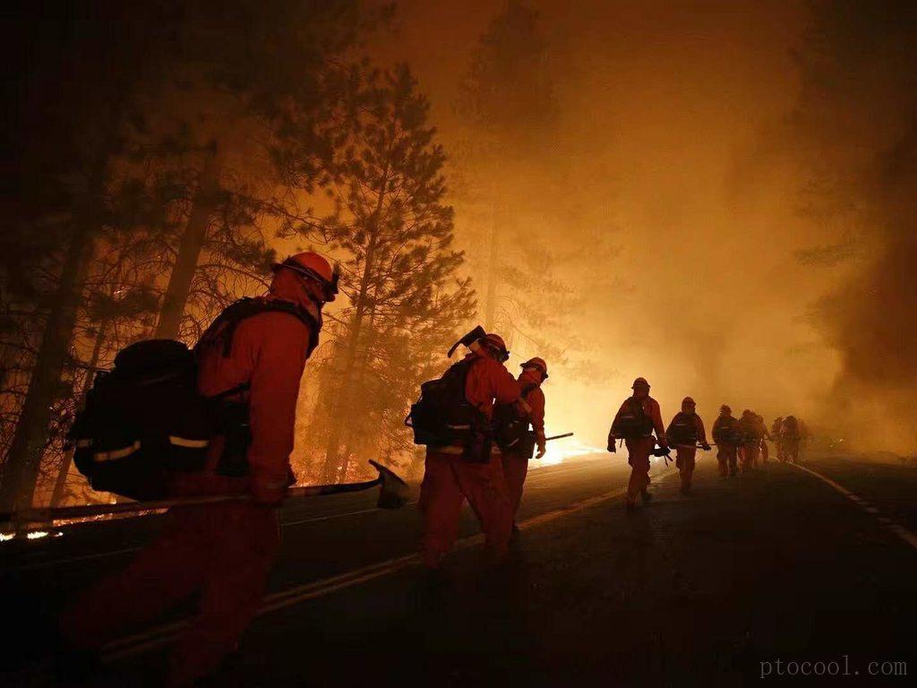 【突发】山火肆虐,场面如同世界末日